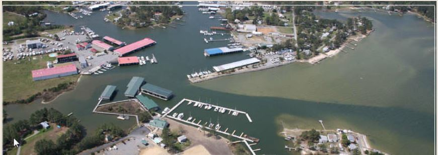 Doziers Regatta Point Overhead view