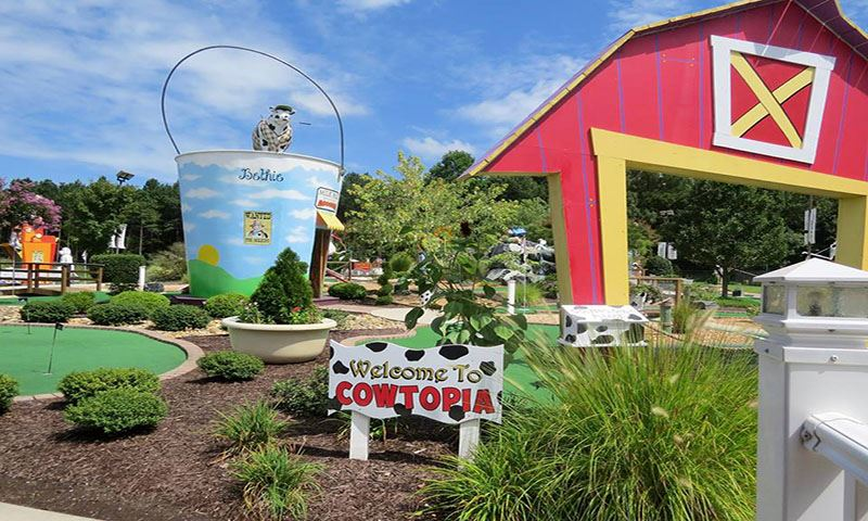 Cowtopia area of the Bethpage Miniature Golf and Ice Creamery